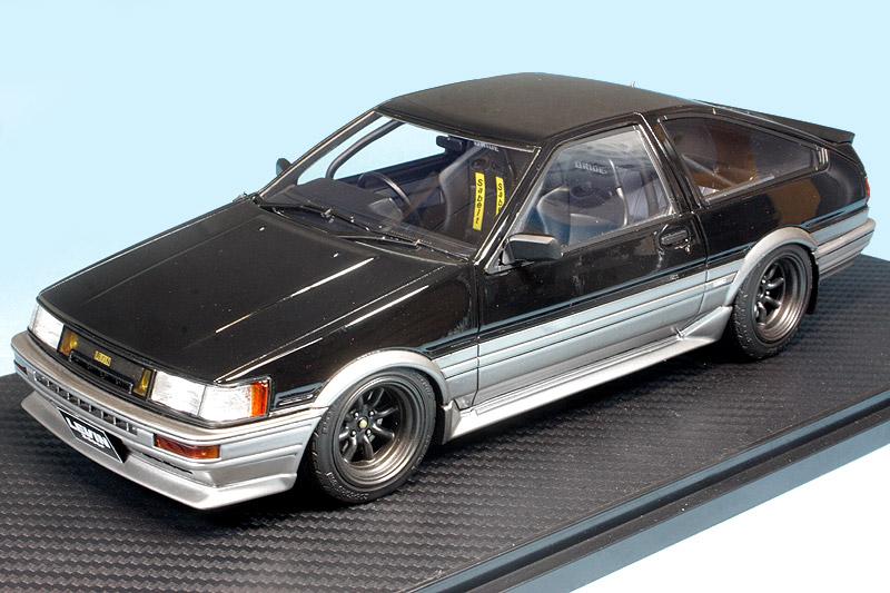 イグニッションモデル 1/18 トヨタ カローラ レビン AE86 GT APEX 3ドア ブラック/シルバー